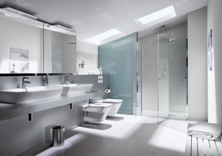 Bathroom collections collections roca for Inodoros modernos 2016