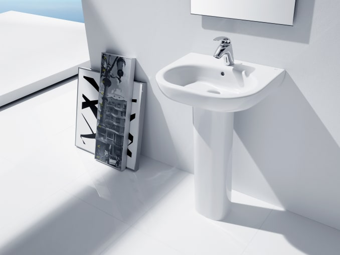 Roca Wc Lavabo.In Tank Floor Standing Back To Wall Toilet With Integrated Cistern