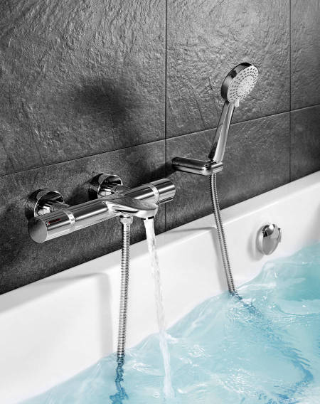 Roca thermostatic faucet for bath