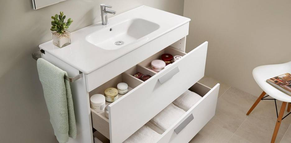 Debba furniture with drawers by Roca