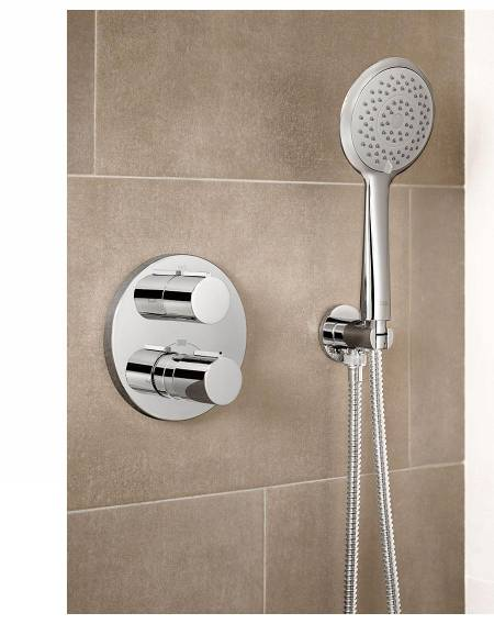 Thermostatic faucet by Roca