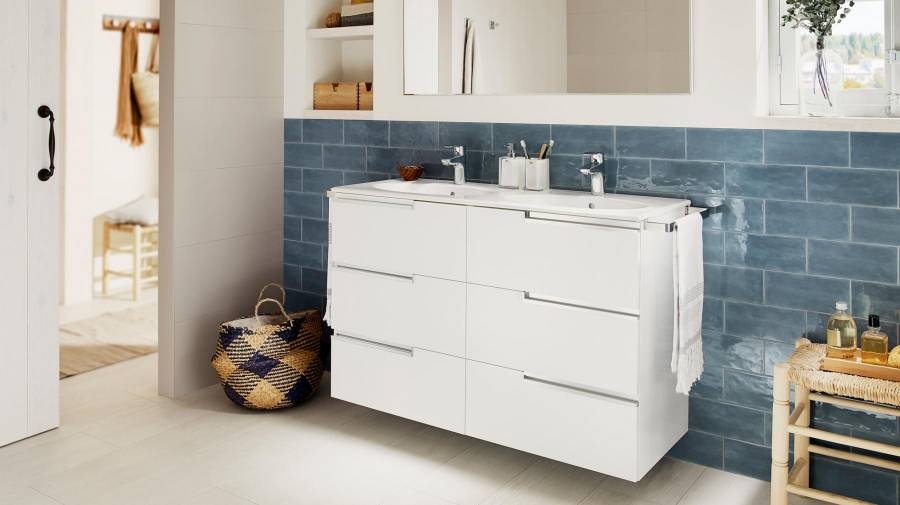 Victoria-N high-capacity bathroom furniture unit